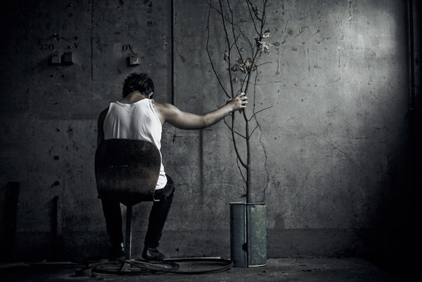 صور صورة رجل حزين