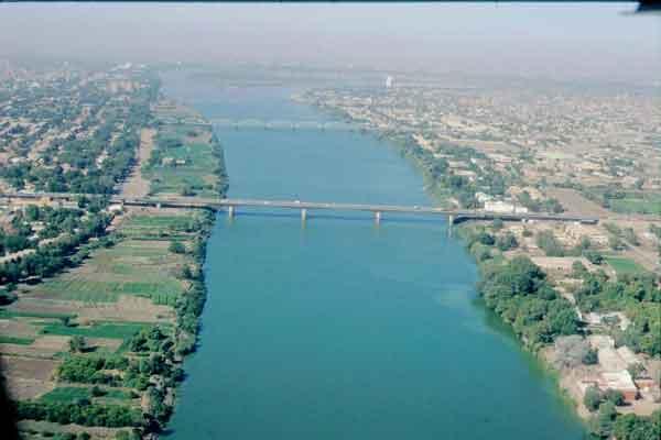 صورة ما هو اطول نهر في العالم