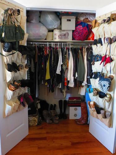خزانات ملابس صغيرة الحجم
