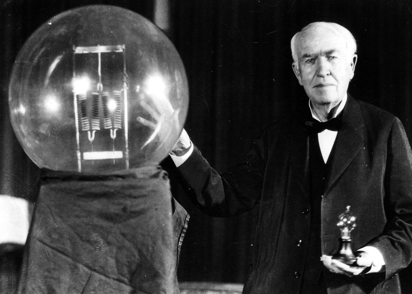 صور بحث مختصر عن اديسون