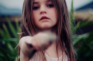 صور صور اطفال حزينة , صور بنوتات حزينه