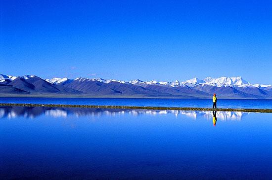 صور ما اكبر بحيرة في العالم
