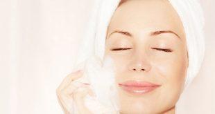 كيف تحافظ على بشرتك من البثور وحب الشباب