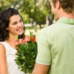صور كيف تعرف ان فتاة تحبك