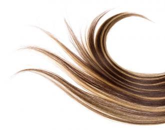 صور حدث طرق تطويل الشعر بزيت الخروع واللوز