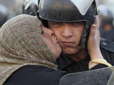 صور موضوع عن دور الشرطة في خدمة المجتمع
