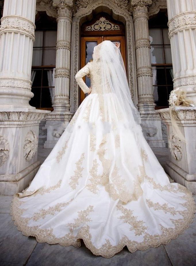 بالصور احدث فساتين زفاف 244517 2