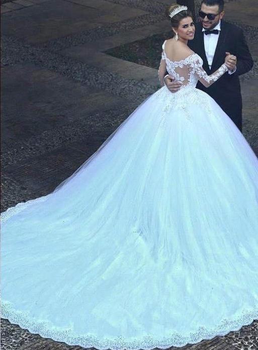 بالصور احدث فساتين زفاف 244517 5