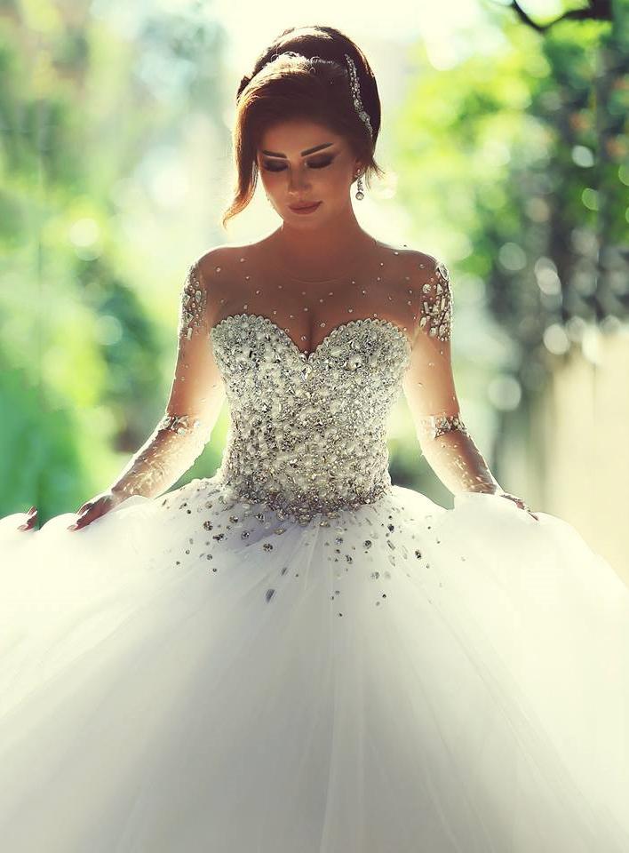 بالصور احدث فساتين زفاف 244517