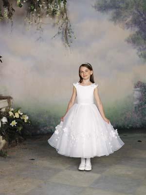 بالصور فساتين اطفال زواج 245395 7