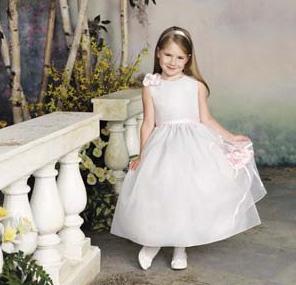بالصور فساتين اطفال زواج 245395 8