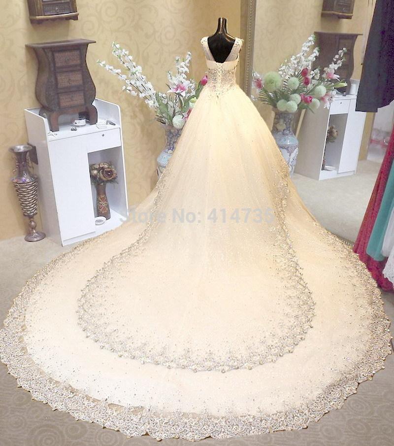 بالصور فساتين زفاف سوق اليمامة بجدة 245431 4