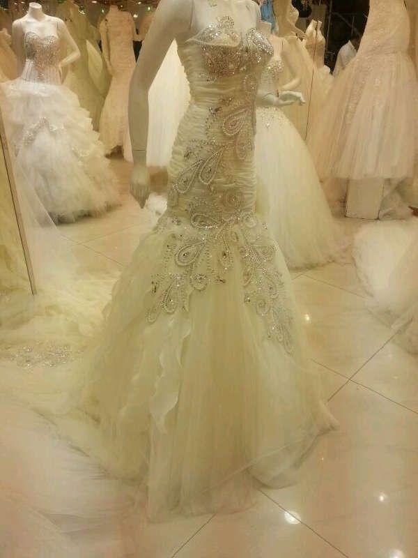بالصور فساتين زفاف سوق اليمامة بجدة 245431 5