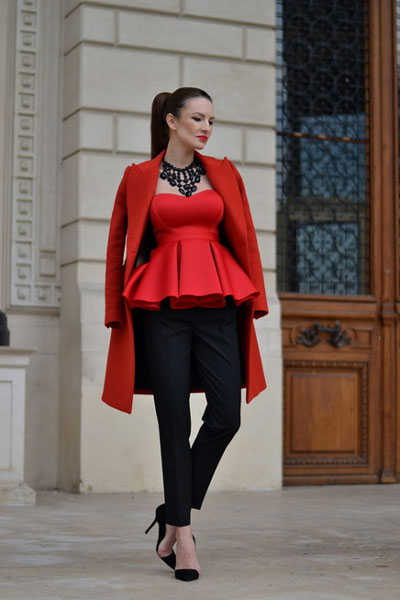صوره اروع واجمل ازياء باللون الاحمر صور ملابس وفساتين حمراء خيالية