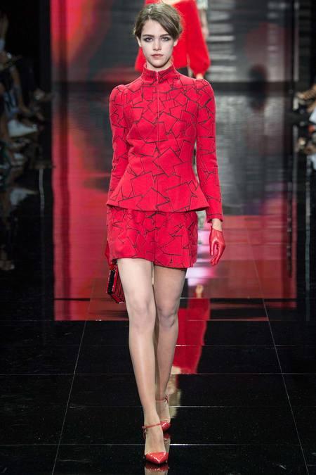 بالصور اروع واجمل ازياء باللون الاحمر صور ملابس وفساتين حمراء خيالية 245592 6
