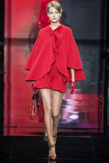 بالصور اروع واجمل ازياء باللون الاحمر صور ملابس وفساتين حمراء خيالية 245592 8