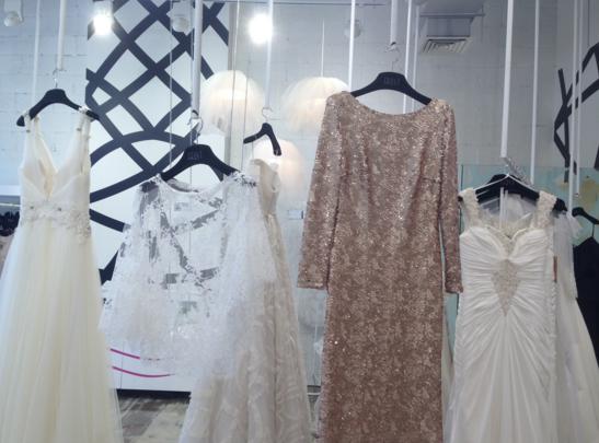 42823c780b0e1 صور محلات فساتين في دبي. اجمل تصاميم محلات الملابس في العالم ...