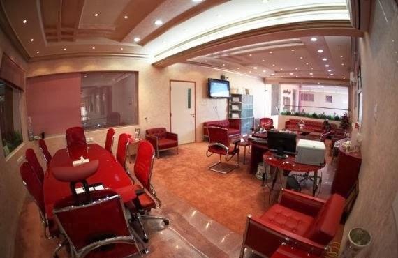 بالصور ملياردير سعودي يحول مدرسة زوجته الرابعة الى فندق 251351 13