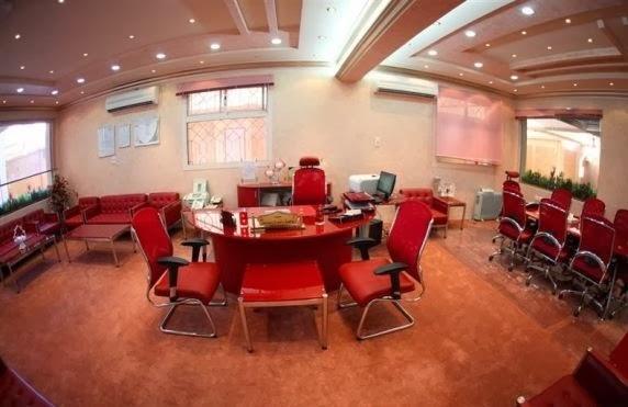 بالصور ملياردير سعودي يحول مدرسة زوجته الرابعة الى فندق 251351 5
