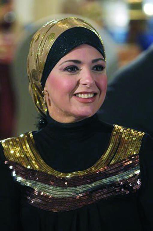 بالصور صور احدث ازياء فساتين الفنانة صابرين الجديدة للمحجبات ، شوفى النجمة الشهيرة بالحجاب الانيق 259140 7