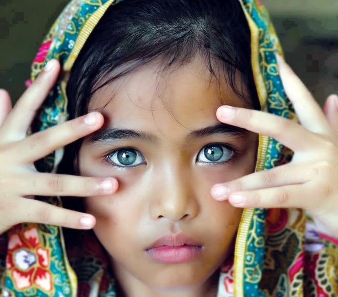 بالصور اجمل نظرات العيون الساحرة بالصور , صور عيون قمة الجمال 16492 2